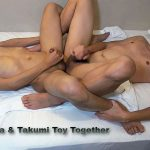 TOMOHISA & TAKUMI TOY TOGETHER - Japanese gay sex